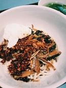 Grandma Ban Mee 老妈子板面 (Amoy Street Food Centre)