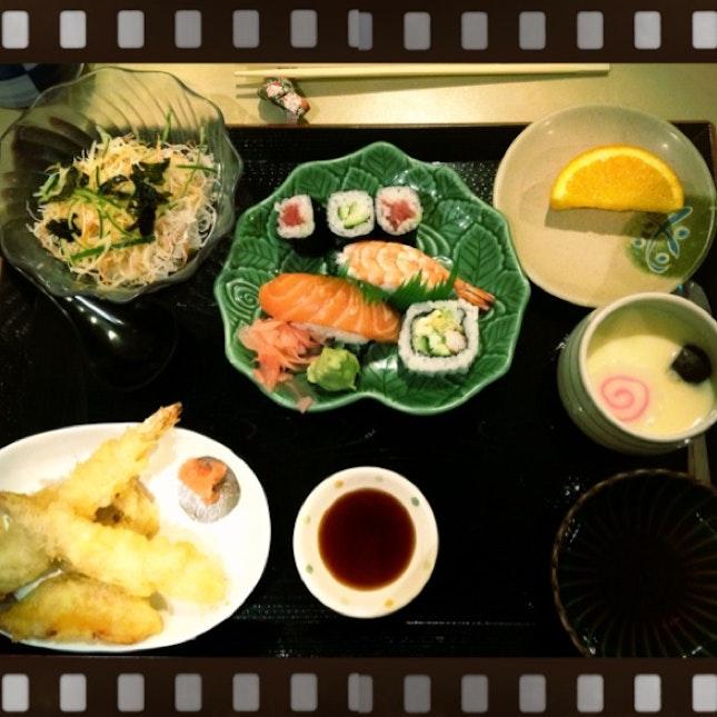 Udon And Sushi Set