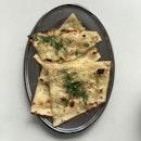 Ganga Café Garlic Naan