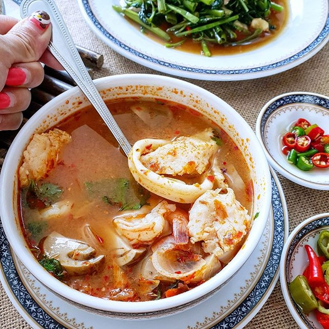 Savour authentic Thai cuisine @tooklaedeesg at 18 Tai Seng  Took Lae Dee is a popular 24/7 restaurant chain in Bangkok that has just opened their new outlet in Singapore.