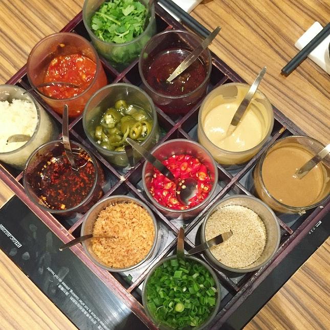 Sauce ($2.50)