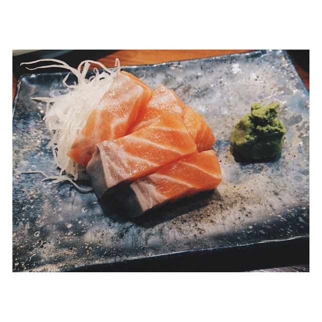 Not the best salmon sashimi but the thick slices are extremely satisfying #burpple