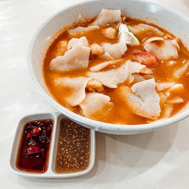 Spicy 🌶 🌶 Tom Yum Mee Hoon Kway 🐟 Soup