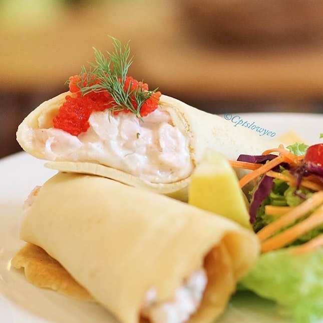 🇸🇪 Skagen Crepe $19.90++ The shrimp themselves are extremely crunchy and you can taste Fika's honesty in the freshness of the ingredients they have placed on your plate.