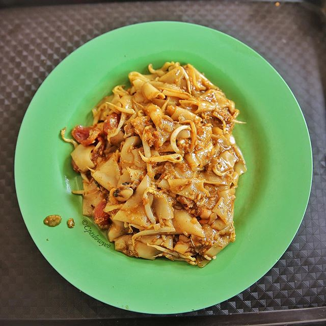 Char Kway Teow, if only I could start my day with this high cholesterol and guaranteed to get diabetes dish.