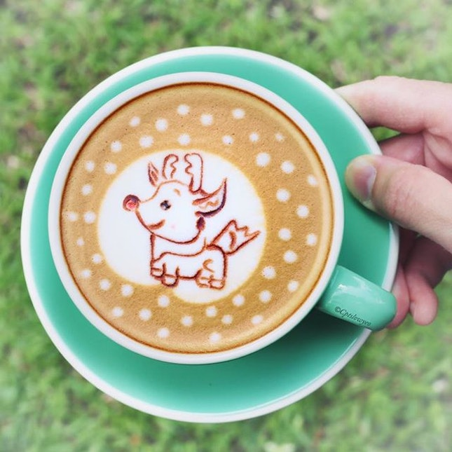 [Not For Sale] Check out this super cute reindeer latte art coffee made by the creative barista @damien_tc!