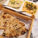 Pita Bread With 2 Dips