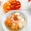27.02.2015 Having lunch at my favourite yong tau foo stall of all time!