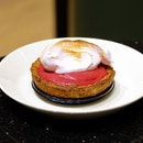 JW360° cafe It is the after all still the spring season so we decided to get the Sakura Raspberry Pie as well.
