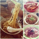 正所谓有福同享•与家人芙蓉早餐记😋 Sharing good food with family is just so good ;) #sunday #family #brunch #seremban #hakkamee #laksa #sotongmeehoon #赖粉 #weekendisgood