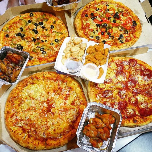 Exclusive deal] 50% off All Time Favorites Large Pizza ($14.90 after 50%) and Xtra Large Pizza ($17.90 after 50%).