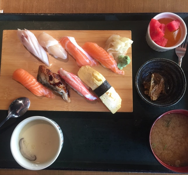 8pc sushi set