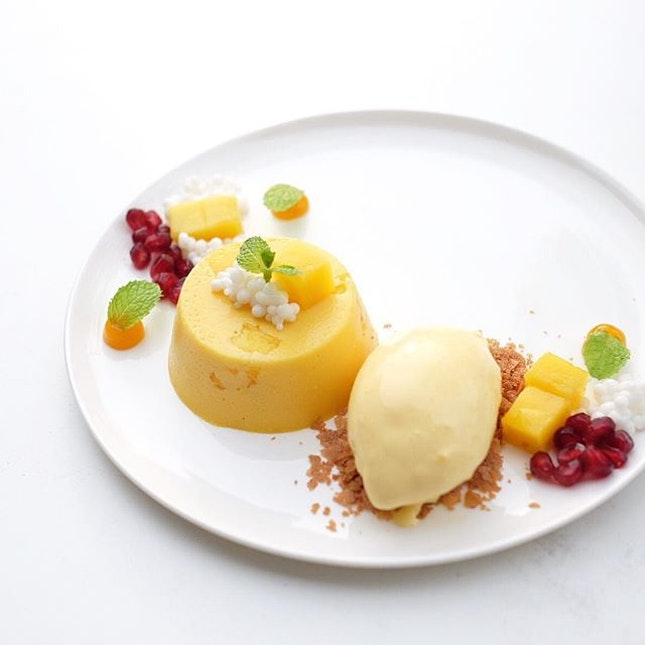 The {New Wave Mango Pudding} from @artartandaway was a welcome respite from the crazy heat this afternoon.