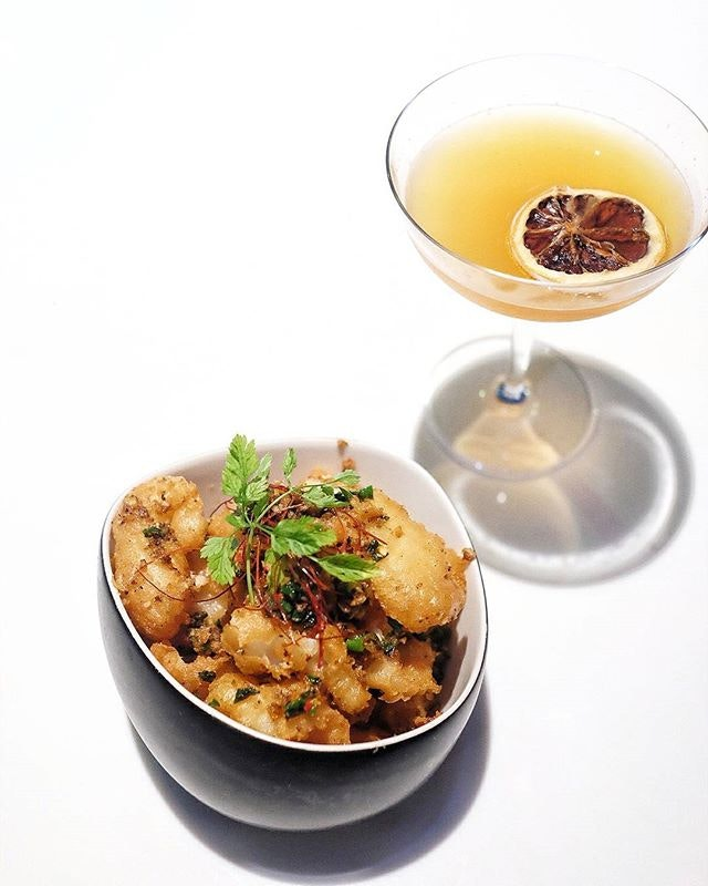 Celebrate Singapore Cocktail Festival 2017 with a gastronomic feast at @MitzoSG 🍸 // Happening from the 16 - 21 March in various locations across town with the inclusion of this year's new Festival Village on 99 Beach Road; there's plenty of liquid frivolity for everybody!