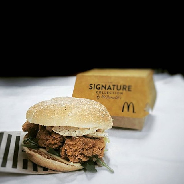 The new Spicy Chicken Apple Slaw burger from Macs.