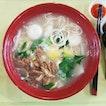fuzhou fishball you mian ($4) from ABC Ban Mian○Mee Hoon Kuay 板面○面粉果
