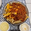 chilli cheese fries ($12)