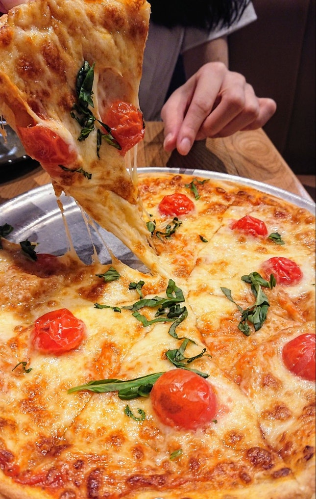 Margherita Pizza ($21)
