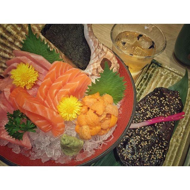 Dinner with the beautiful @littlebambiii  We traded Liu Sha Baos with Sashimi!