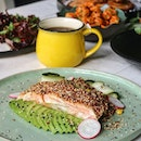 @earlybirdsg might be known for their Chicken & Pancakes but there are other noteworthy dishes like Salmon & Avo ($22) a healthier option which is great for ketogenic diet or going for Sriracha Tater Tots ($12) to spice things up.