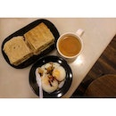 traditional kaya butter toast, teh c and two soft boiled eggs !