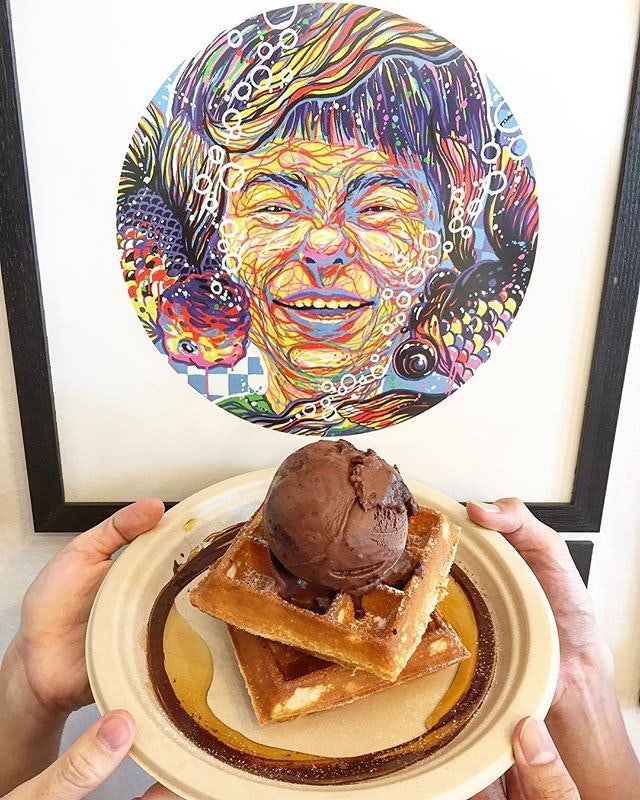 21 September 2017: Birds of the same feather flock together; colleagues with the birthday month eat waffles and ice cream together for lunch!