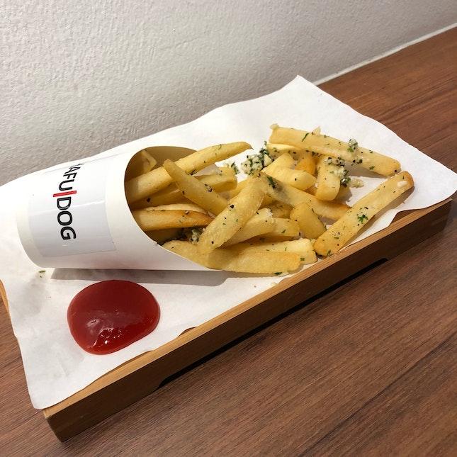 Fresh Parsley Garlic Fries ($4)