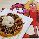 Fri-yay waffles w a scoop of Nutella cheesecake ice-cream.