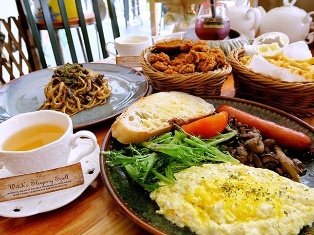 An enchanted afternoon at this cafe hidden along Rangoon Road.