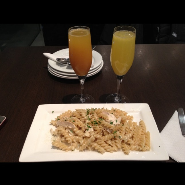 Fusilli Creamy Chicken