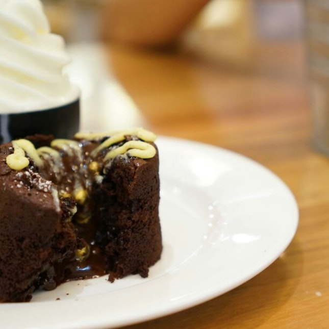 Of Volcanos And Lava. Not Really, Just Lava Cake.