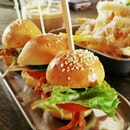 Trio Sliders @ Tuckshop