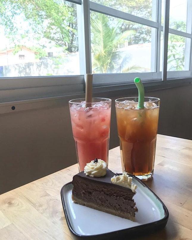 Bungalow is now a cafe @rgb.latteart near Jalan Ampang area.