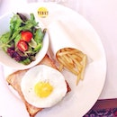Croque Madame 🍞🍳❤️ All time favourite 😋🍴☕️ #YeastBistronomy #weekendbrunch