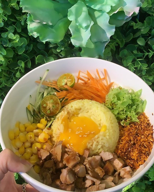 Prosperity Chicken Cube Rice Bowl - 🔸 As the name goes, it's beautifully decorated and one of the cafe I'll frequent in JB.