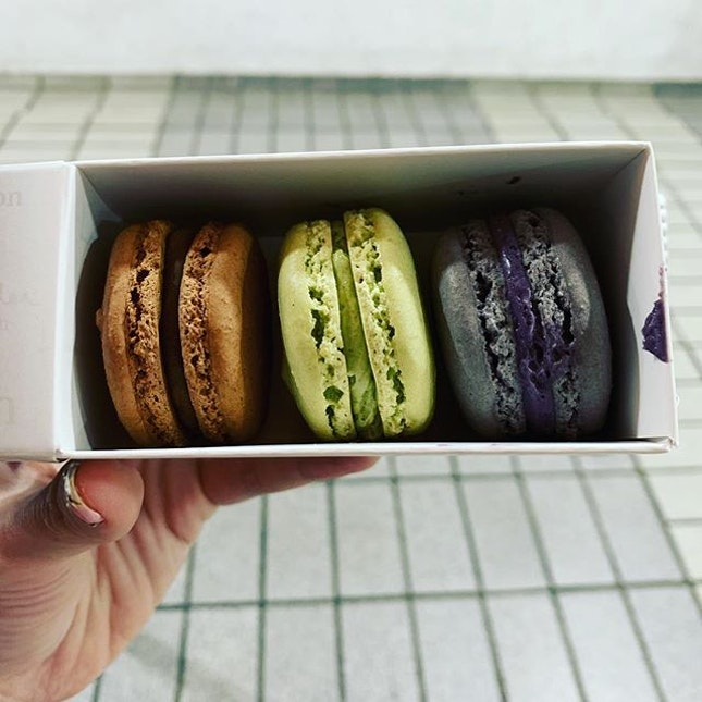 These macarons from @mylavendermylife are delectable, flavourful and a great choice for those with  sweet tooth