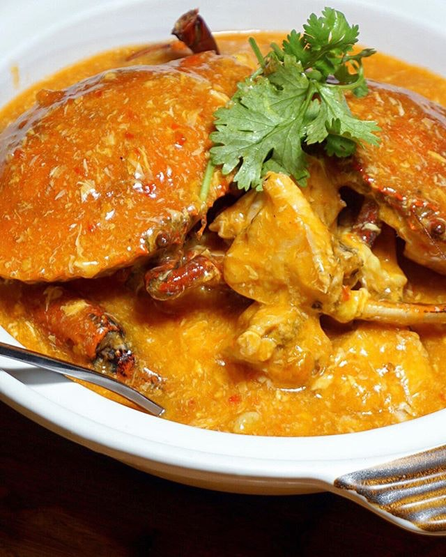 Claypot Chili Crab (Seasonal Price) Heavenly crab with great freshness and in savoury flavours of Singaporeans likes - an unofficial national dish from @Crab_Corner which we all secretly didn't want to share last night.