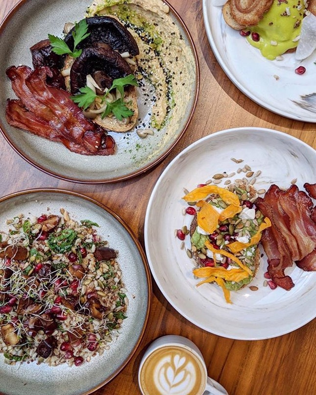 The latest trending neighbourhood-style café in the heart of CBD is the luscious version of a classic Melbourne café with a few quirky twists & turns.