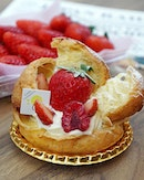Strawberry choux puff by @chefyamashita, made with the sweetest strawberries from Tochigi prefecture 🤤💕 Heading to Japan?