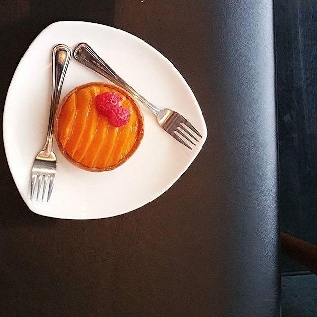 Harumani mangoes....deep orange in color and sweetilicious.