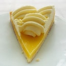 Thinly sliced au citron ...lemon tart.