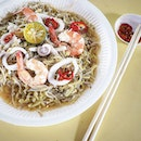 Hokkien mee that does not have much gravy.