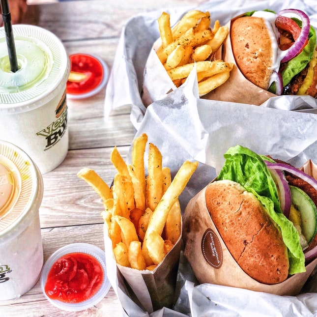 Char-grilled Satay Burger