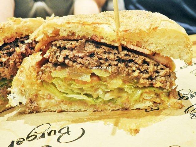 The 306 Burger (KRW ₩8000 / SGD $9.70) @ Burger 307.