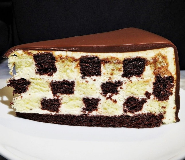 Checkers Cake (SGD $9.50) @ Lady M Confections.