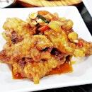 Maneul Dak Ganjang / Garlic Soy Sauce Chicken Wings (SGD $17.50 Half) @ Three Meals A Day.
