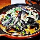 Sweating Mussels (SGD $29) @ Birds Of A Feather.
