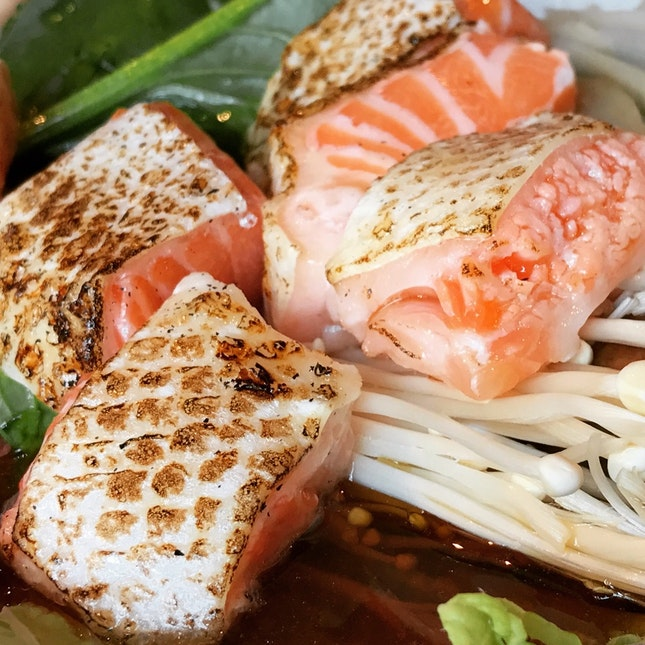 Salmon Belly Sukiyaki & Tempura Set • S$25.80++