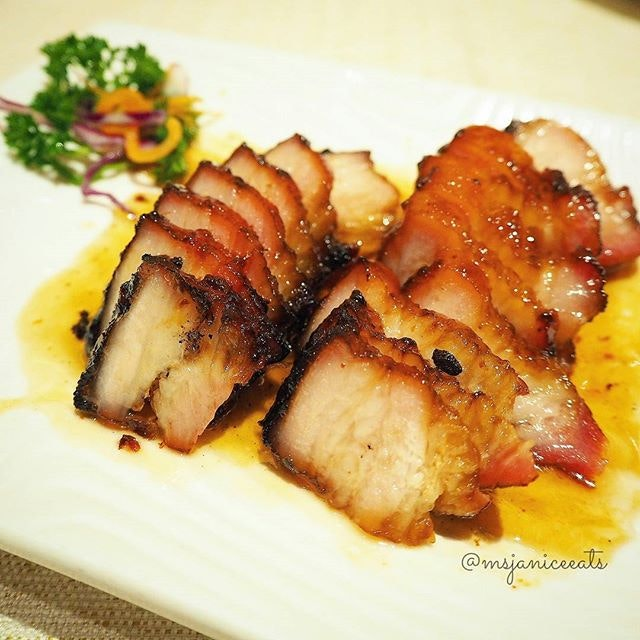 Barbecue Pork Belly with Honey Sauce 蜜汁腩叉 (S$18.00).