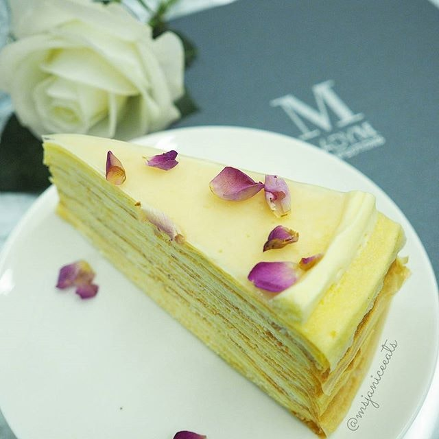 Rose Mille Crepes (S$9.50/slice)($108.00/whole cake) 🌹 Paper-thin handmade crepes layered with rose flavoured pastry cream, garnished with sweet rose jelly and edible rose petals.